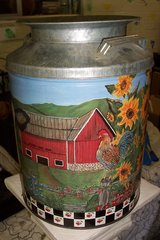 Large milk tin in Conroe, Texas