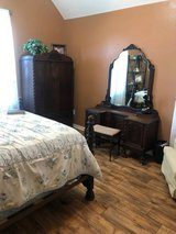 3 piece bedroom set in Pasadena, Texas