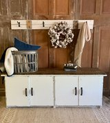 Cabinet/Stand in Kingwood, Texas