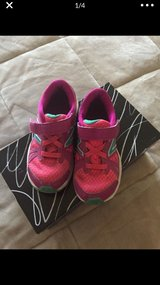 NB Girls Tennis Shoes sz 13.5 in Nellis AFB, Nevada