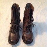 Pierre Dumas Olive boots sz 8.5 in Fort Campbell, Kentucky