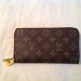 Louis Vuitton replica double zip wallet in Fort Campbell, Kentucky