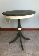 Accent tables in St. Charles, Illinois