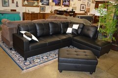 Like New Sectional With Chaise End and storage ottoman in Fort Lewis, Washington