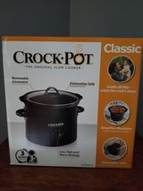 Crockpot in Westmont, Illinois