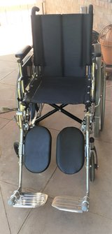 Wheel Chair Like New. in Alamogordo, New Mexico