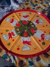 Neat Pizza Plates in 29 Palms, California