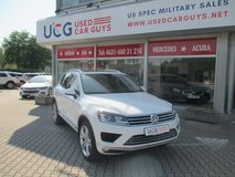 2016 VW Touareg VR6 Executive AWD in Spangdahlem, Germany
