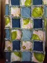 Pea Pod Rag Quilt & Pillow in Batavia, Illinois