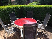 Patio table and 5 chairs in Grafenwoehr, GE