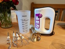 Philips 750watt hand mixer with attachments in Grafenwoehr, GE