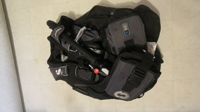 Scubapro Scuba diving BCD in great condition phone only in Okinawa, Japan