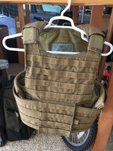 USMC CIRAS Coyote Plate Carrier Body Armor System MEDIUM in Camp Pendleton, California