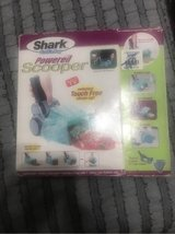 Shark grab n bag powered scooper in Spring, Texas