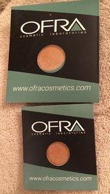 Ofra Eyeshadow/Highlighter in Plainfield, Illinois