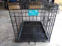 Dog crate in good shape in St. Charles, Illinois