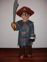 Halloween pirate costume in Oswego, Illinois