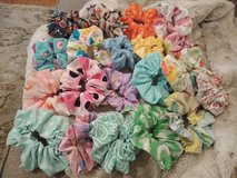 Hair scrunchies in Fort Leonard Wood, Missouri
