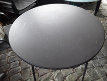 Patio table round in Ramstein, Germany