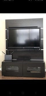 "46"" or smaller TV wall unit in Bartlett, Illinois"
