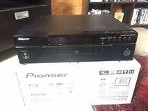 Pioneer Blueray disc DVD player 220v in Ramstein, Germany