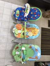 infant bouncy seats (2 left) in Naperville, Illinois