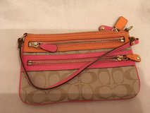 large coach wristlet in Wiesbaden, GE