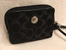 black coach wristlet in Wiesbaden, GE