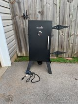 char broil electric smoker in Fort Campbell, Kentucky