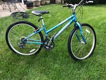 "Schwinn 26"" wheel in Glendale Heights, Illinois"