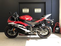 2014 YAMAHA YZF-R6 (RAPID RED/PEARL WHITE) EDITION UNLEADED GAS in Fort Campbell, Kentucky