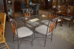 Cute Glass Top Table and 4 chairs in Fort Lewis, Washington