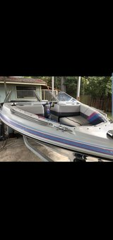 "17"" 1989 Bayliner Capri. in Fort Lewis, Washington"