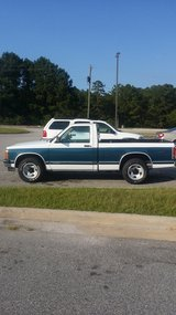 1991 Chevy s10 pickup in Fort Benning, Georgia