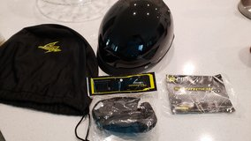NEW (NEVER WORN) Women's size Medium Motorcycle Helmet in Tomball, Texas