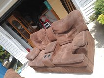 recliner couch with Cupholders in Batavia, Illinois