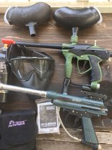 2 paintballs gun for parts or rebuilt and accessories in Okinawa, Japan