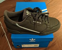 Grey adidas Continental 80 size 7.5 (40.5). Brand new! in Wiesbaden, GE