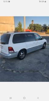 2000 Ford mini van in 29 Palms, California