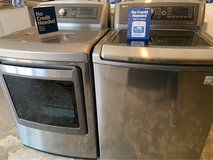 LG washer  dryer electric in Kingwood, Texas