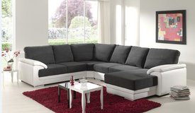 United Furniture - Vito Sectional with Chaise- Chaise also on opposite side - Two Tone or Solid in Wiesbaden, GE