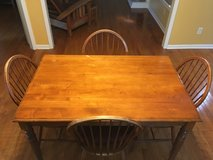 Ethan Allen Dining Table and Chairs in Camp Lejeune, North Carolina