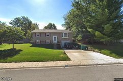 House For Sale 6 Old Post Road in Naperville, Illinois