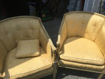 Accent chairs in Naperville, Illinois