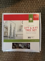 3ft & 4ft Tree set silver tinsel in Kingwood, Texas