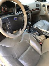 2007 Volvo XC70 with 136.700 mikes in Travis AFB, California