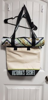 Brand New Victoria Secret Tote & Beach Blanket Combo in Camp Lejeune, North Carolina