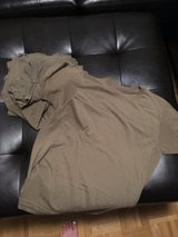 7 army under shirts size M woman's in Wiesbaden, GE