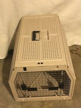 Nice  collapsable dog crate in Fort Campbell, Kentucky