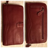 New Tignanello Leather Wallet in Beaufort, South Carolina